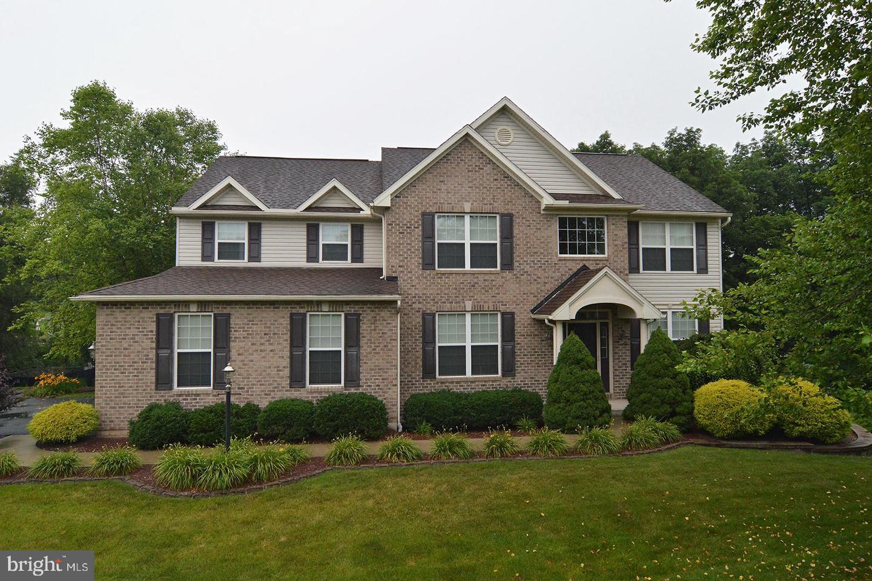 Single Family Homes для того Продажа на Bernville, Пенсильвания 19506 Соединенные Штаты