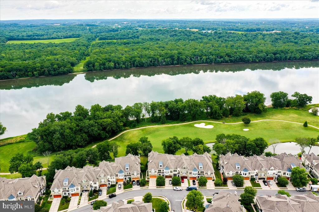 Spectacular views of golf course & Potomac River! - 18356 FAIRWAY OAKS SQ, LEESBURG