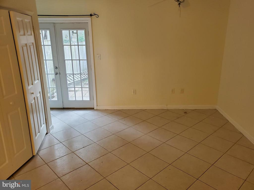 LOW LEVEL ROOM - 4236 CLOUDBERRY CT, BURTONSVILLE