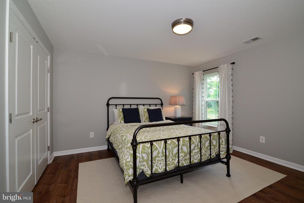 lower 6th bedroom or convert to gym - 24890 DAHLIA MANOR PL, ALDIE