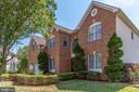 - 42718 OTIS LN, CHANTILLY
