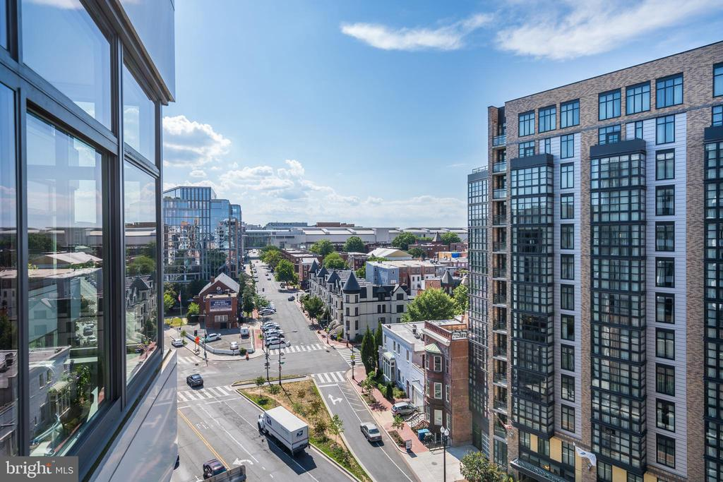 West views  from patio! - 460 NEW YORK AVE NW #801, WASHINGTON