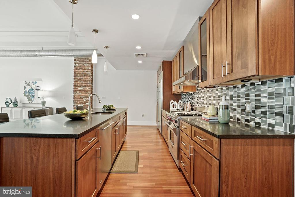 Kitchen - 1600 CLARENDON BLVD #W107, ARLINGTON