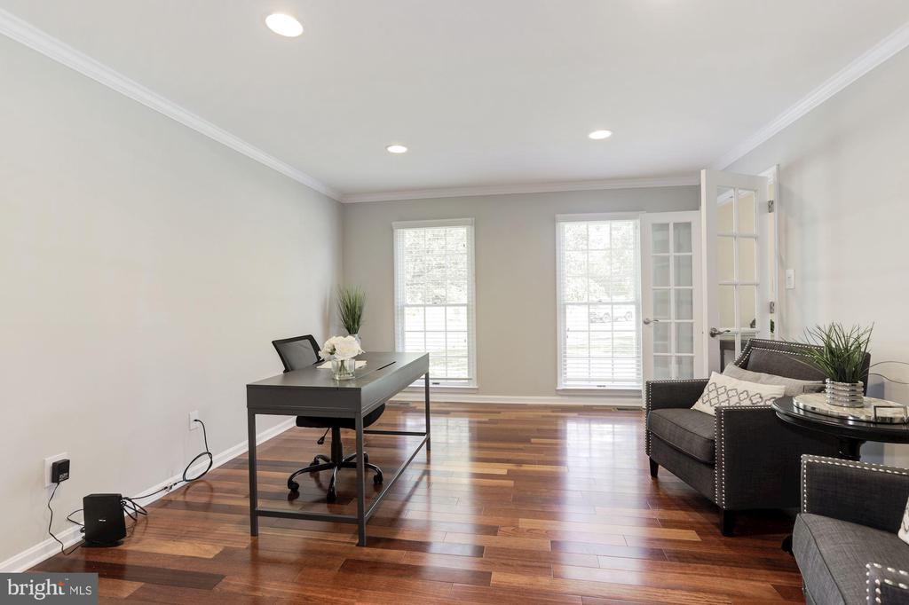 Formal Living Room or Office with French Doors - 43451 ELMHURST CT, ASHBURN