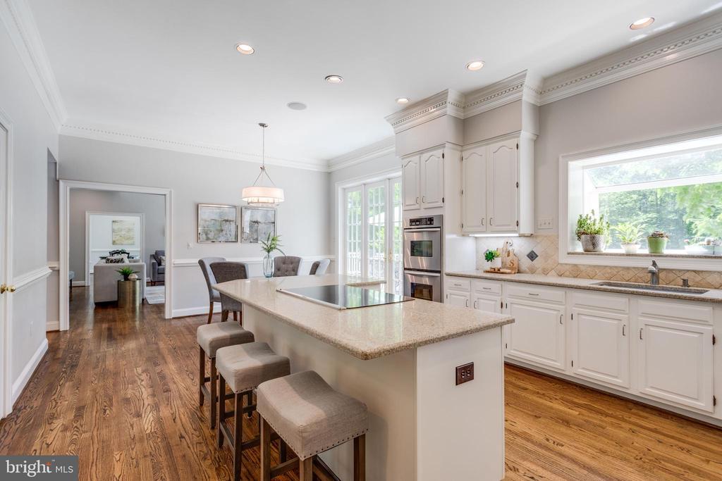 Kitchen - 11329 HENDERSON RD, FAIRFAX STATION
