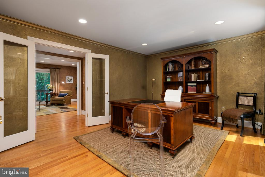 Study with French Doors to Family Room - 10616 CANTERBERRY RD, FAIRFAX STATION