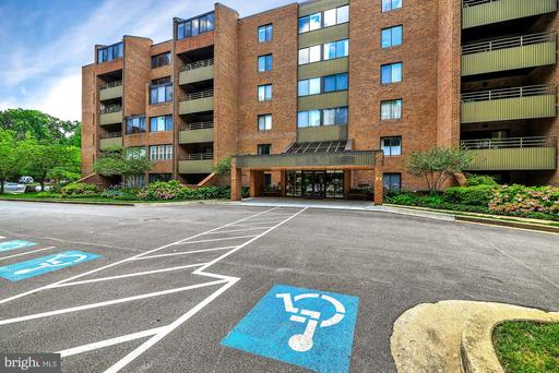 3 SOUTHERLY CT #103
