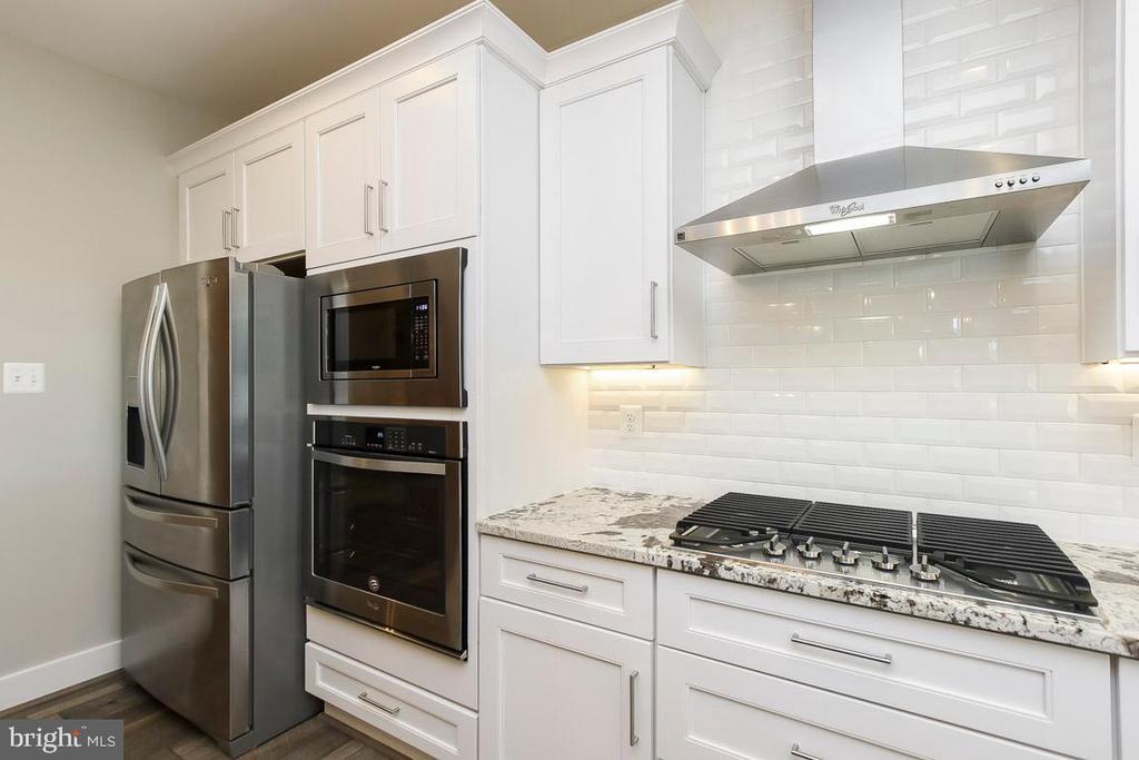Gourmet kitchen - appliances may vary - 6851 E SHAVANO, NEW MARKET