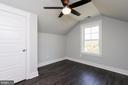 Optional loft office could be added - 6851 E SHAVANO, NEW MARKET