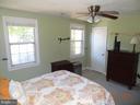 Bedroom with 2 windows and Walk In Closet - 2411 ARLINGTON BLVD #201, ARLINGTON