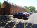 Convenient Parking - 2411 ARLINGTON BLVD #201, ARLINGTON