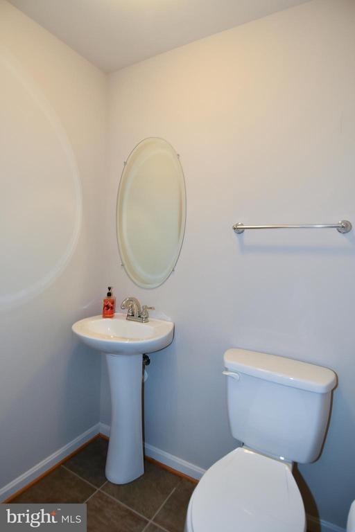 Lower Level Powder Room - 11872 BENTON LAKE RD, BRISTOW