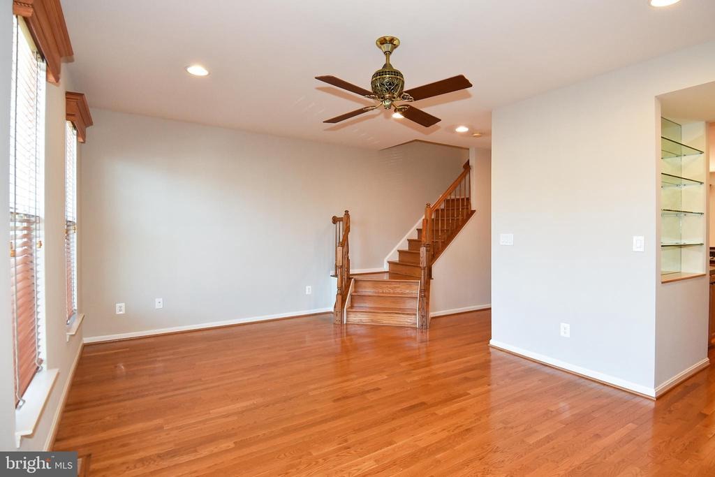 Living Area - 11872 BENTON LAKE RD, BRISTOW