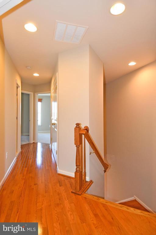 Hall Way - 11872 BENTON LAKE RD, BRISTOW