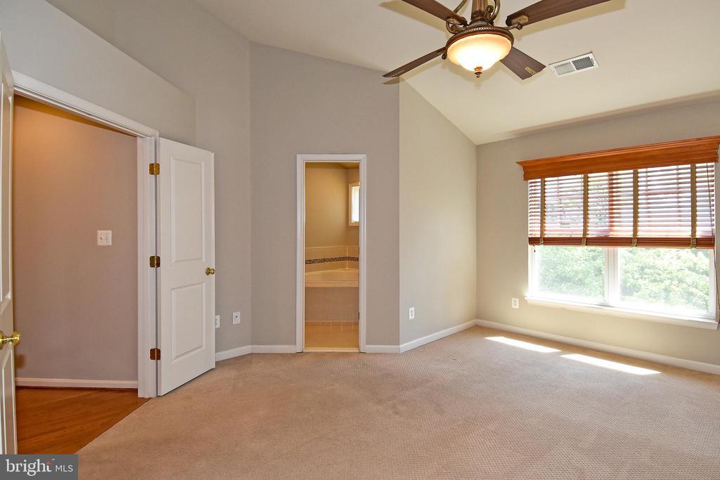 Primary Bedroom - View 2 - 11872 BENTON LAKE RD, BRISTOW