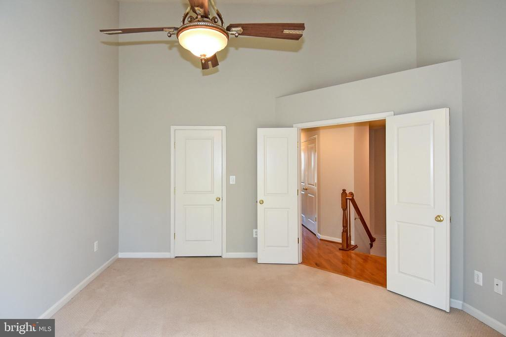 Primary Bedroom-View 3 - 11872 BENTON LAKE RD, BRISTOW
