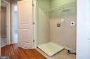 Upper Laundry Room - 11872 BENTON LAKE RD, BRISTOW