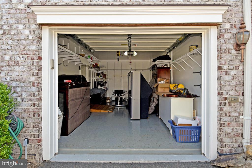 Garage - 11872 BENTON LAKE RD, BRISTOW