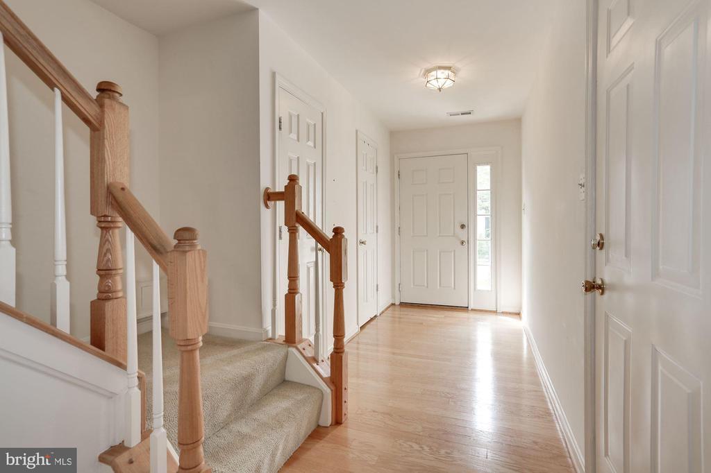 Foyer with wood floors - 2504 CLOVER FIELD CIR, HERNDON