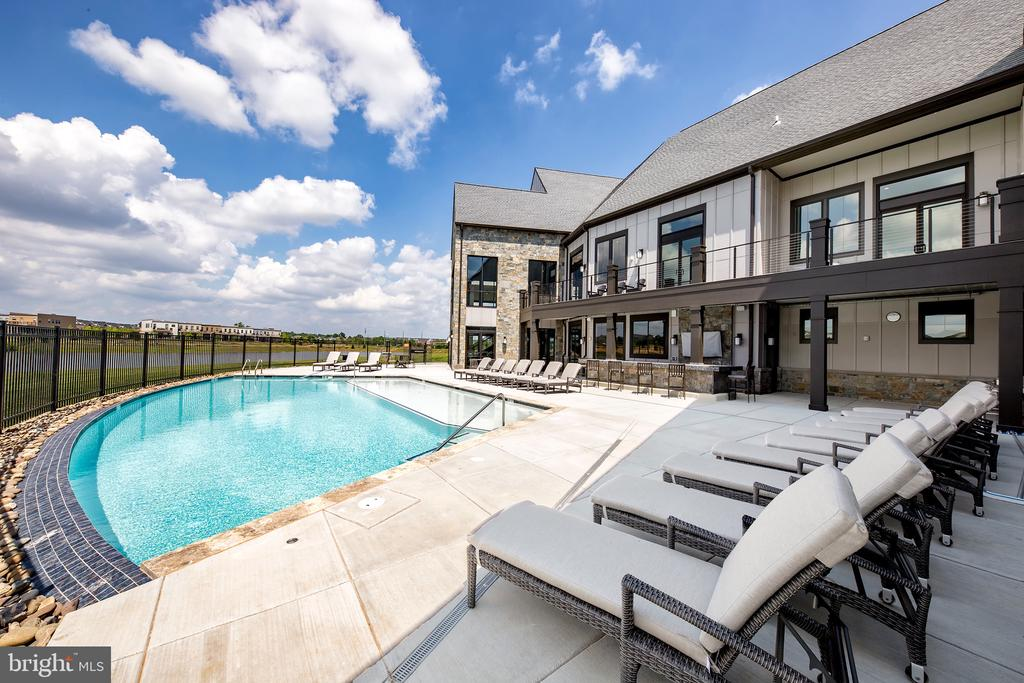 Resort-Style Outdoor Pool - 42894 SANDY QUAIL TER, ASHBURN