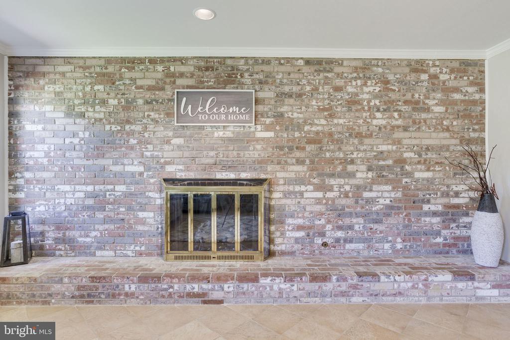 Basement Fireplace - 1906 GREAT FALLS ST, MCLEAN
