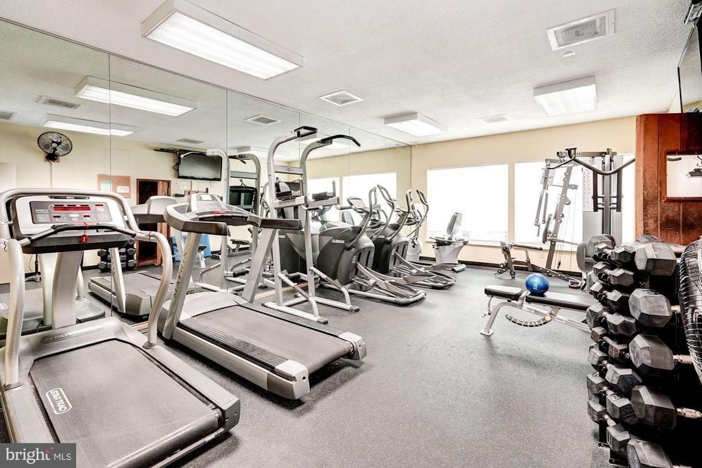 Fitness center - 2100 LEE HWY #241, ARLINGTON