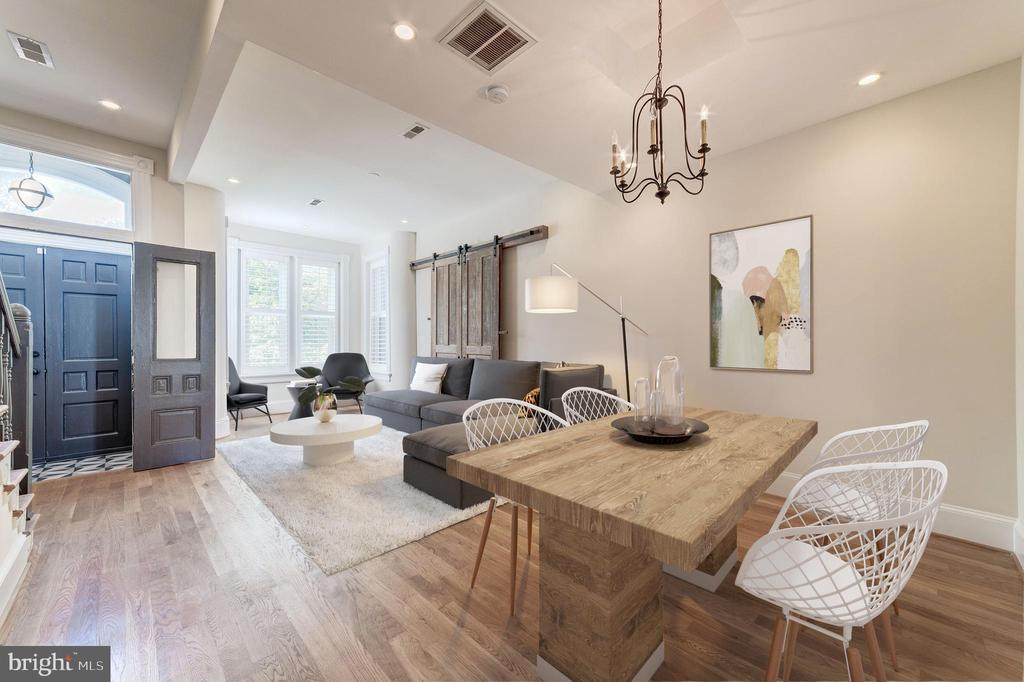 Virtually Staged Living Space - 704 G ST NE, WASHINGTON