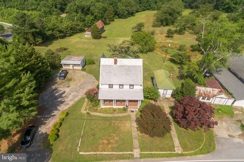 - 4110 OLD TOWN RD, HUNTINGTOWN