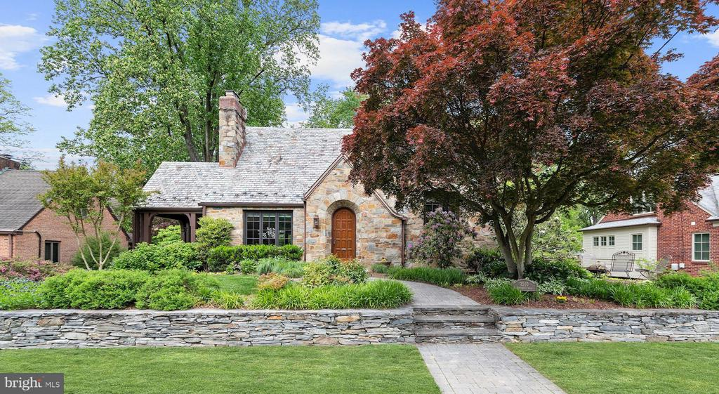 Stone Walls - 9510 THORNHILL RD, SILVER SPRING