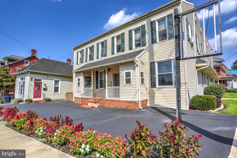 Quadraplex for Sale at Akron, Pennsylvania 17501 United States