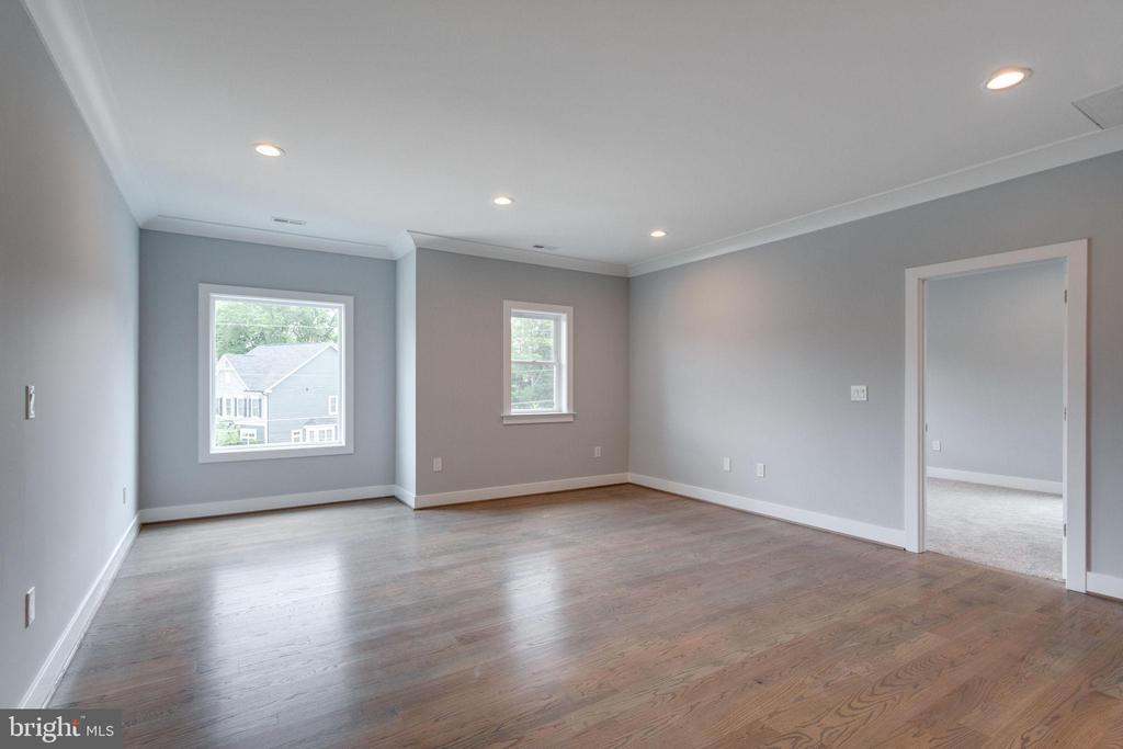 Living Area (Second Floor) - 7411 NIGH RD, FALLS CHURCH