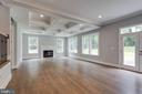 Family Room w/ vaulted ceilings - 7411 NIGH RD, FALLS CHURCH
