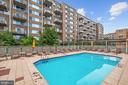Amazing Outdoor Swimming Pool - 800 4TH ST SW #S210, WASHINGTON