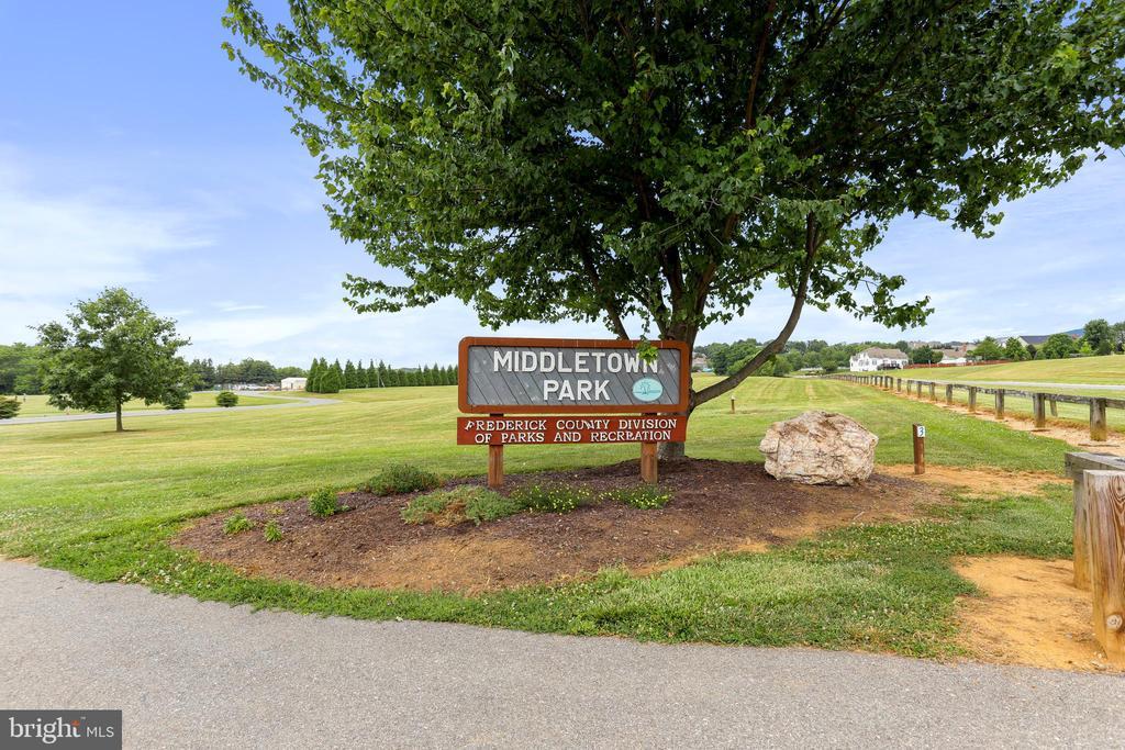 Community Park - 2 ROD CIR, MIDDLETOWN