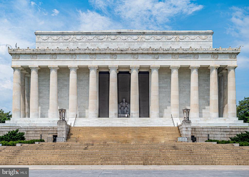 Washington - 555 MASSACHUSETTS AVE NW #202, WASHINGTON