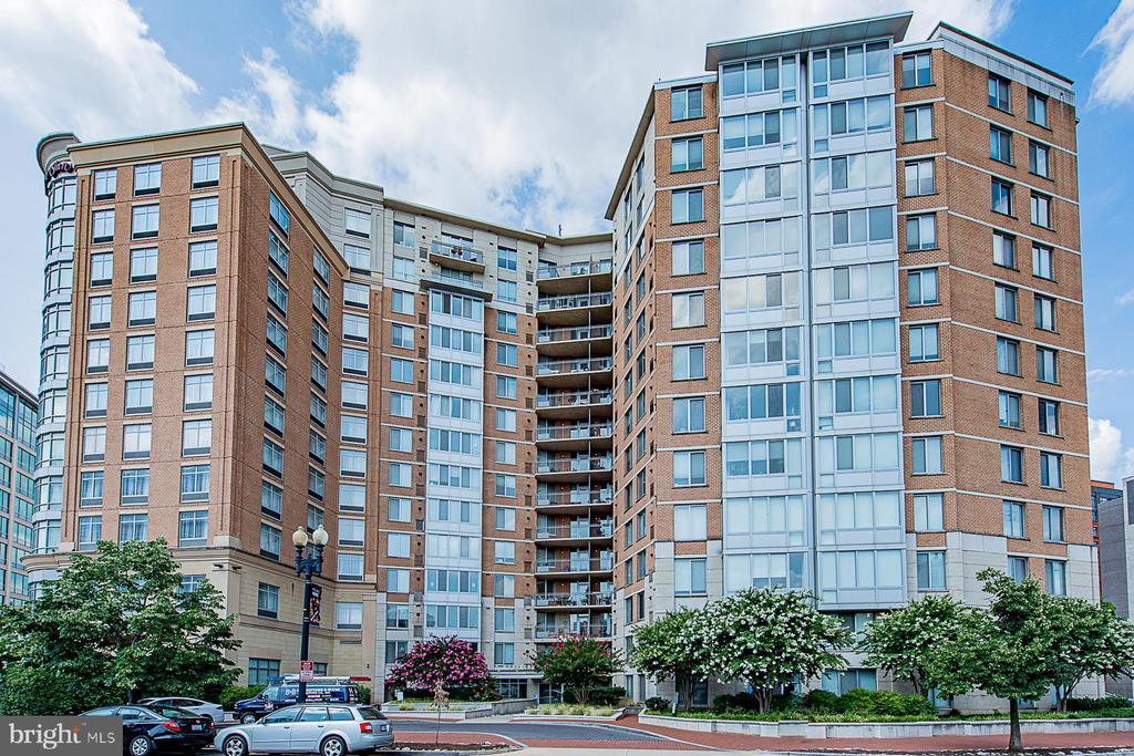 Welcome to 555 Massachusetts Ave NW - 555 MASSACHUSETTS AVE NW #202, WASHINGTON