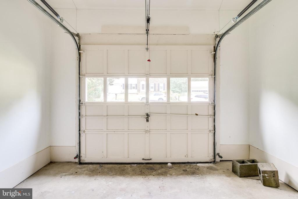 Garage with 2 Remotes - 4915 KING SOLOMON DR, ANNANDALE