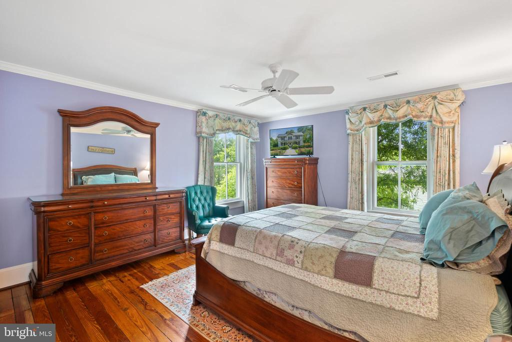Bedroom #3 - 301 W ASHER ST, CULPEPER