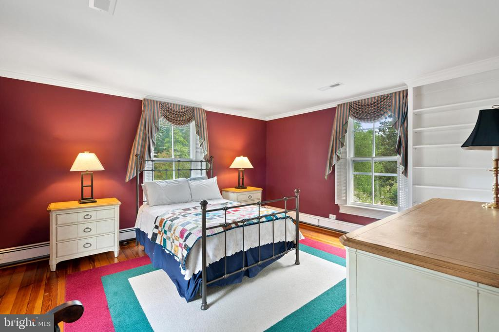 Bedroom #2 - 301 W ASHER ST, CULPEPER