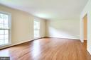 Living Room -  Bright and Beautiful! - 4915 KING SOLOMON DR, ANNANDALE