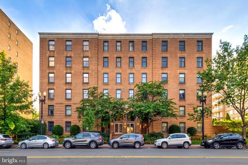 2828 WISCONSIN AVE NW #307