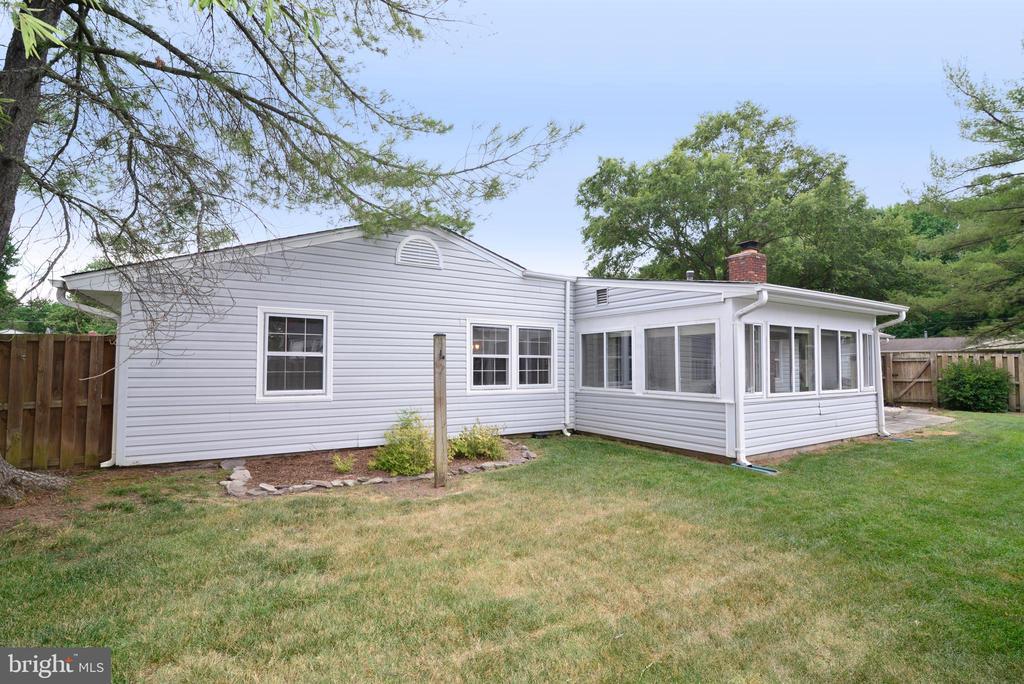 Back yard - 4224 MAYLOCK LN, FAIRFAX