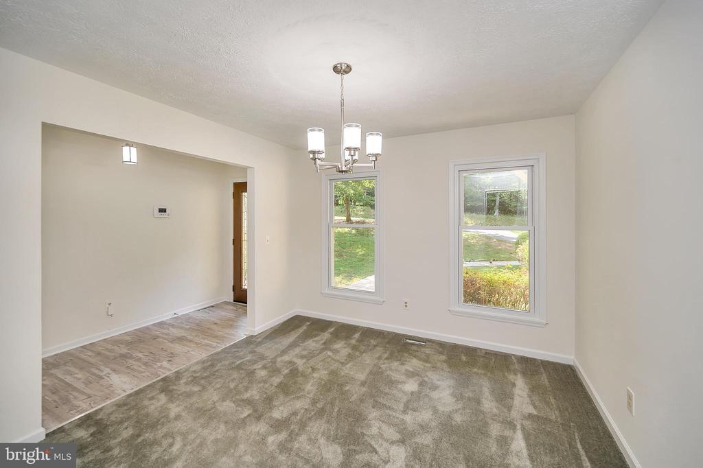 Dining Room with view into foyer - 10 RAPIDAN RD, LOCUST GROVE