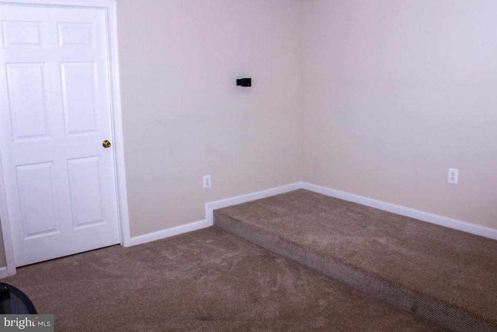 theater room - 3220 LACROSSE CT, DUNKIRK
