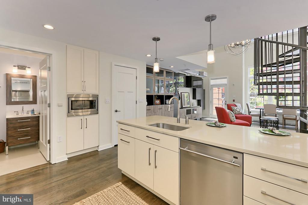 Open Floor Plan - 1610 N QUEEN ST #222, ARLINGTON