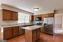 Kitchen with island! New Granite! - 15138 HOLLEYSIDE DR, DUMFRIES
