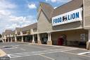 Montclair Shopping Center - 15138 HOLLEYSIDE DR, DUMFRIES