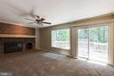 Family room w large deck for entertaining! - 15138 HOLLEYSIDE DR, DUMFRIES