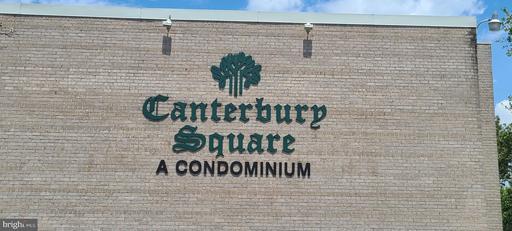 31 CANTERBURY SQ #101