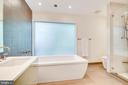 Spa Owners Bath - 3004 CUNNINGHAM DR, ALEXANDRIA